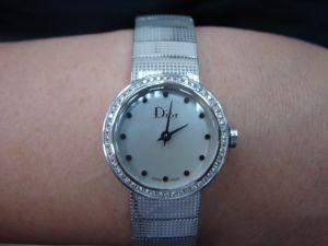台中 流當品拍賣 原裝 DIOR 迪奧 La D de Dior 鑽圈 女錶 9成5新 特價出清