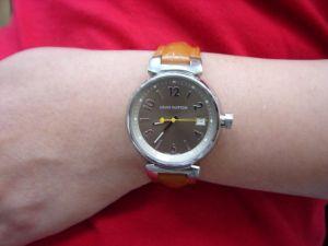 台中 流當品拍賣 經典 Louis Vuitton 路易威登 LV 不銹鋼 石英 女錶 附盒單 喜歡價可議