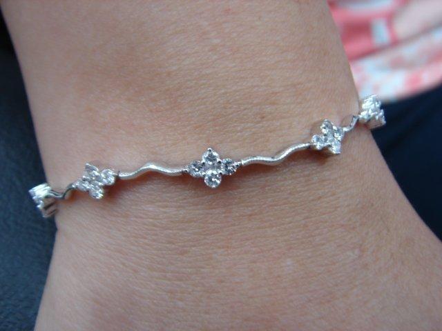 台中 流當品拍賣 造型 1克拉 E色 K金 鑽石 手鍊 喜歡價可議