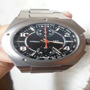 請教一下 我有一支IWC萬國錶 買好幾年了 保單跟盒子不見了 這樣可收幾折