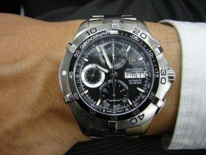 台中流當手錶拍賣 原裝 TAG HEUER 豪雅 不銹鋼 計時 自動 300M 男錶 9成新 喜歡價可議