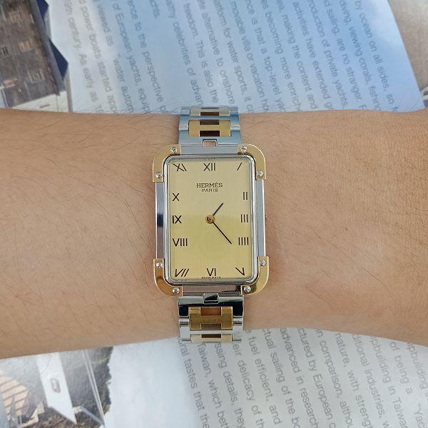 台中當舖流當精品手錶 流當手錶 原裝 HERMES 愛馬仕 不銹鋼 半金 石英 女錶 9成新 KR011